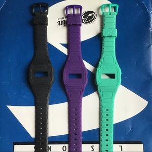3 watch exchangeable  bands
